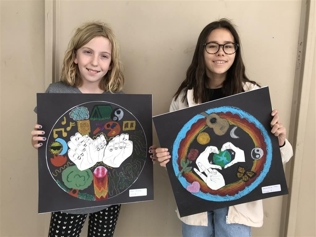 AE Wright Students Show off Their Artwork